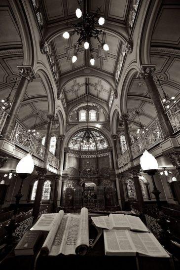 public domain synagogue-458371_1280